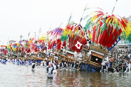 風治八幡宮川渡り神幸祭1